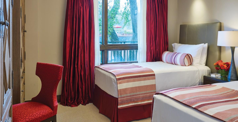 Dancing Bear Aspen Residence Twin Bedroom